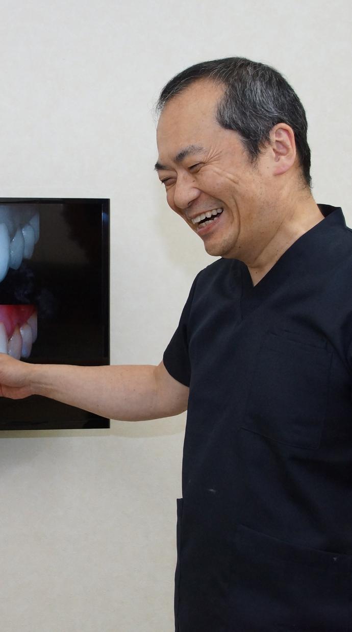 日本でまだ数が少ない日本歯科審美学会認定医の歯科医師が治療します