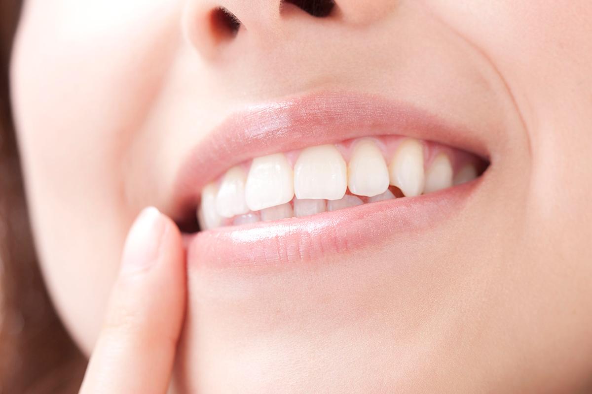 大人でも歯並び矯正で治るの?